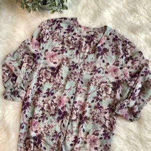 Kut From the Kloth Sheer Floral Top. Size XL